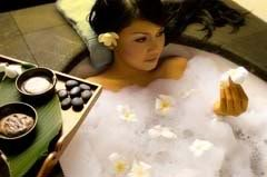 damiana essential oil, the perfect relaxing  bath.